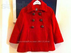 Шерстяное пальто фирмы Zara