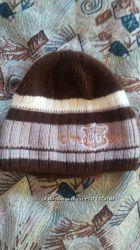 Двойная шерстяная шапочка в состоянии новой