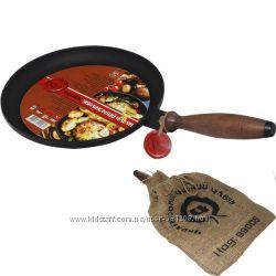 Сковорода чугунная блинная с деревянной ручкой 24см, h-2, 5см
