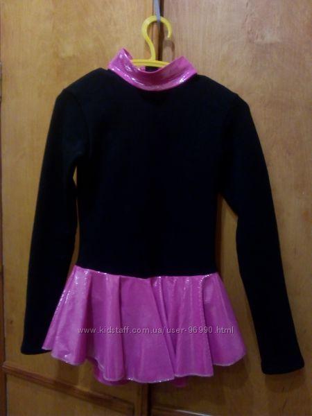 Платье   для фигурного катания фирма twizzle р128-134
