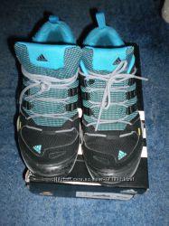 Демисезонные ботинки Adidas оригинал 40р 26, 5см