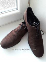 Мужские замшевые туфли Prada