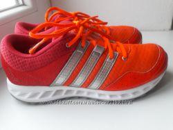Кроссовки Adidas кораллово-розовые летние