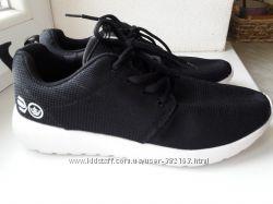 Кроссовки Сrosshatch аналог adidas yeezy boost черные