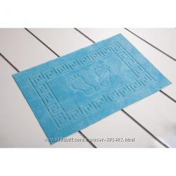 Прорезиненный коврик для ванной Ножки