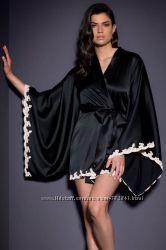 Шикарный атласный халатик с широким рукавом