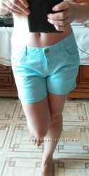 голубые шорты размер М