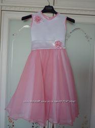 Платье для праздника 4-6 лет