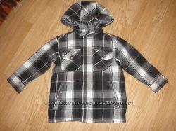 Классная деми куртка мальчику на 3 - 4 года