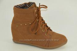 Ботинки сникерсы коричневые в наличии  41