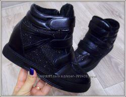 Сникерсы ботинки черные зима в наличии 39  41