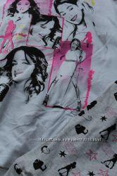 Прелестная тоненькая пижама на 8-9 лет