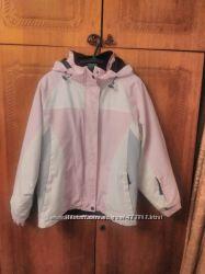 Горнолыжная куртка в хорошем состоянии