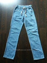 Джинсовые лёгкие штаны на мальчика 160