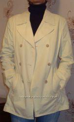 курточка на весну нежно-лимонного цвета, бренд. размер 46-48