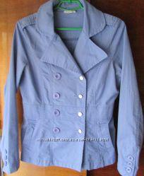 оригинальная курточка красивый цвет р-р МГермания