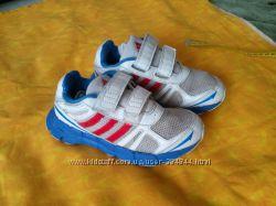 Adidas кроссовки р. 31