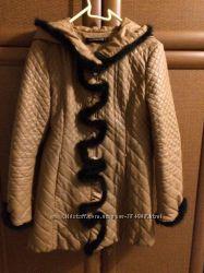 Курточка эко кожа . с отделкой норки  42-44 разм.