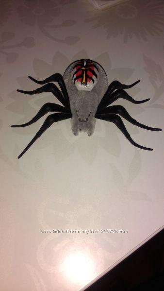 игрушка паук