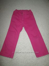 джинсы девочке малинового цвета на 3-4 года