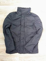 Стильная мужская куртка от бренда Peuterey