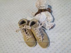 ботинки  Ecco 27 размер и  подарок