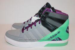 Кроссовки   Adidas 10. 5 US  hardcourt   оригинал