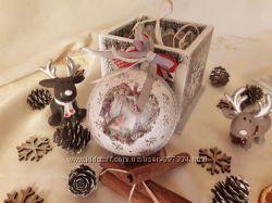 Новогодний шар в подарочной коробке