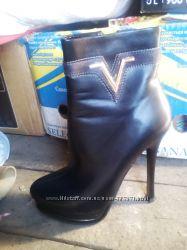 Нарядные ботинки