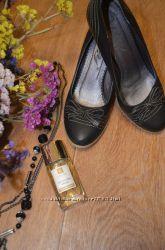 Красивые туфли в хорошем состоянии