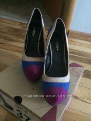 Туфли, бежево-синие, 37размер в идеальном состоянии.