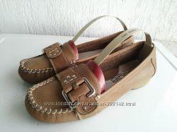 Кожаные туфли-мокасины Beegle 39р.