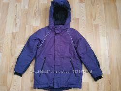 Фирменная курточка на девочку 6-7 лет