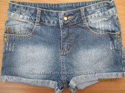 Джинсовые шорты Miss E-Vie с потёртостями на 9-10 лет