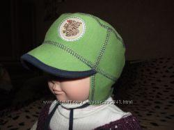 Классная шапочка на малыша 0-3 мес.