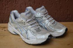 кросівки Asics Gel р. 38  24 см