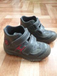 Продам деми ботинки Minimen Турция р. 25 стелька 15, 5см
