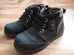 Продам демисезонные кожаные ботинки Tutubi Турция  р. 28 мальчику