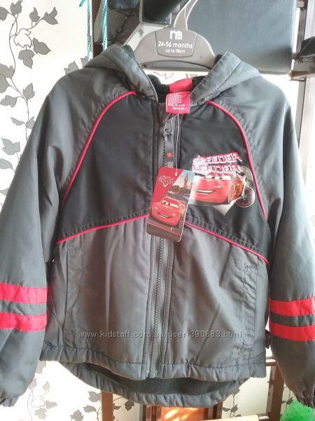 Продам куртку на флисе Disney р. 4-5 104-110 для мальчика