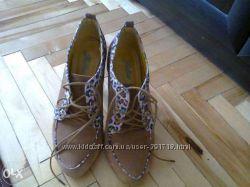 Черевички туфлі сапожки ботинки