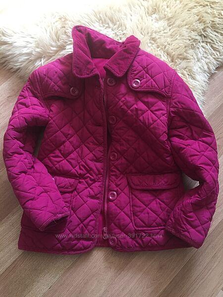 Красивая стеганная курточка