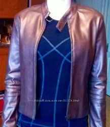 Коричневая куртка, фирмы Mango. Размер S. Материал хороший, качественный