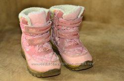 Продам зимние термо  ботиночки NEXT