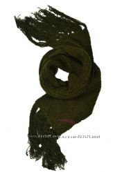 Теплый шарф цвета хаки