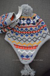 Теплый комплект шапка варежки
