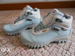 ботинки женские зимние Merrell состояние новых