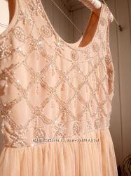 Выпускное нюдовое пудровое платье miss selfridge бисер