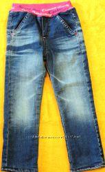Продам джинсы на флисе GLORIA JEANS  3 - 4 годика