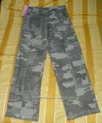 Новые камуфляжные прямые молодёжные брюки на отдых