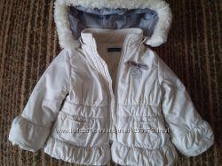 Куртка осенне-весенняя на флисе 9-12 мес. Дешево.